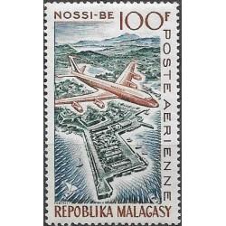 482.- letadlo nad Nossi-Bé,**,